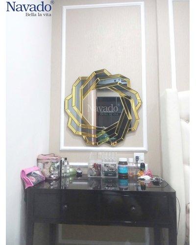 Gương treo tường nghệ thuật cho nhà tắm Spider