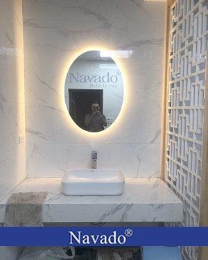 Gương nhà tắm hình elip có đèn led