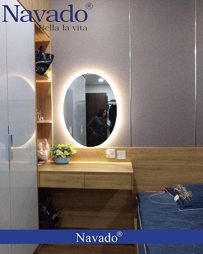 Gương elip viền ngoài có đèn led