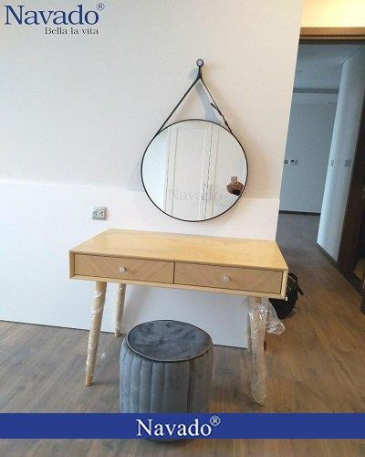 Gương treo dây decor bàn trang điểm