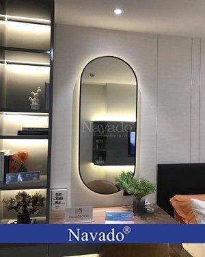 Gương trang điểm vành thép có đèn led