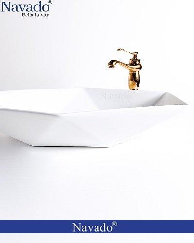 Bộ vòi chậu rửa lavabo sứ nghệ thuật cho chung cư