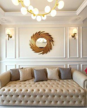 Gương trang trí cổ điển cho phòng khách