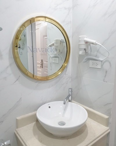 Gương phôi bỉ vành inox mạ pvd cho phòng tắm